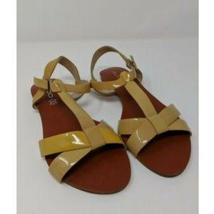 ALDO Sparlin-32 Beige Ankle Strap Sandal Sz 8.5